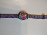Купила часы для себя, очень довольна. Смотрятся здорово.
