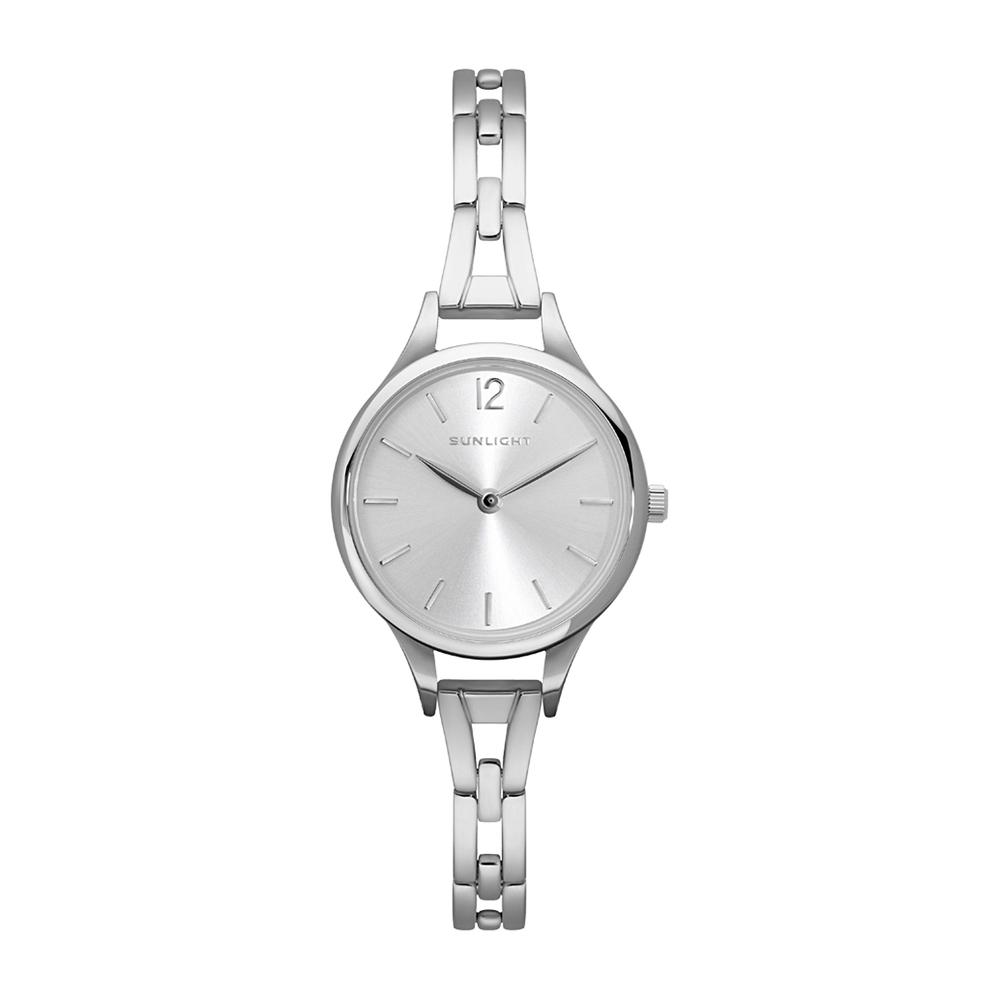 Женские часы на металлическом браслете в Санкт-Петербурге
