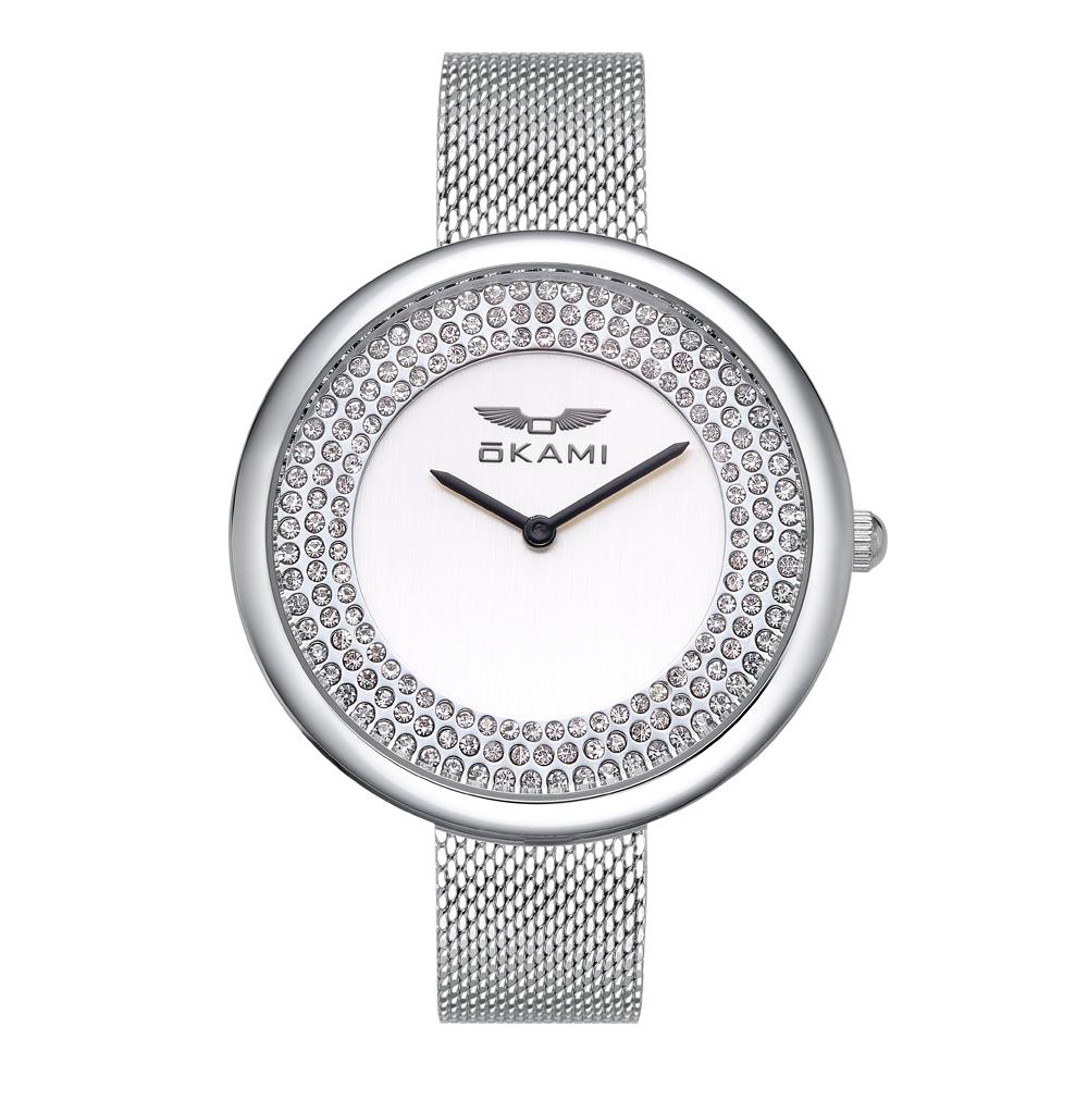 Женские часы с кристаллами на миланском браслете