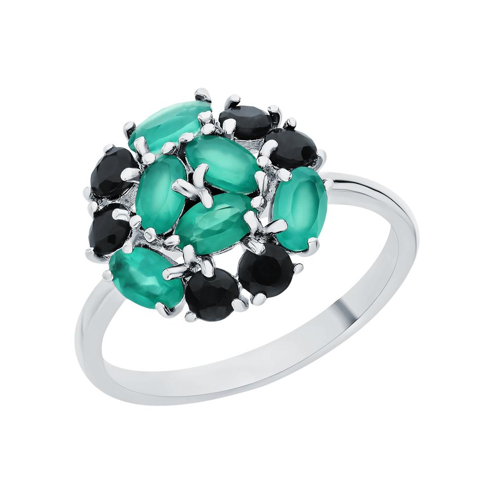 Фото «Серебряное кольцо с хризопразами и корундом»