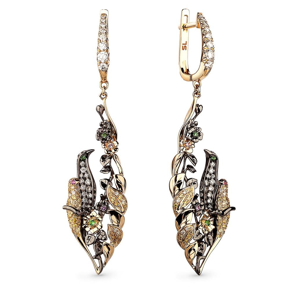 Фото «Золотые серьги с сапфирами, цаворитами и бриллиантами»