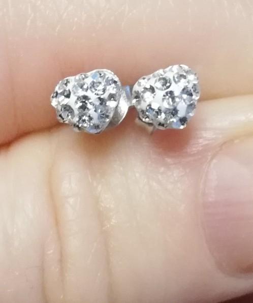 Гвоздики с кристаллами