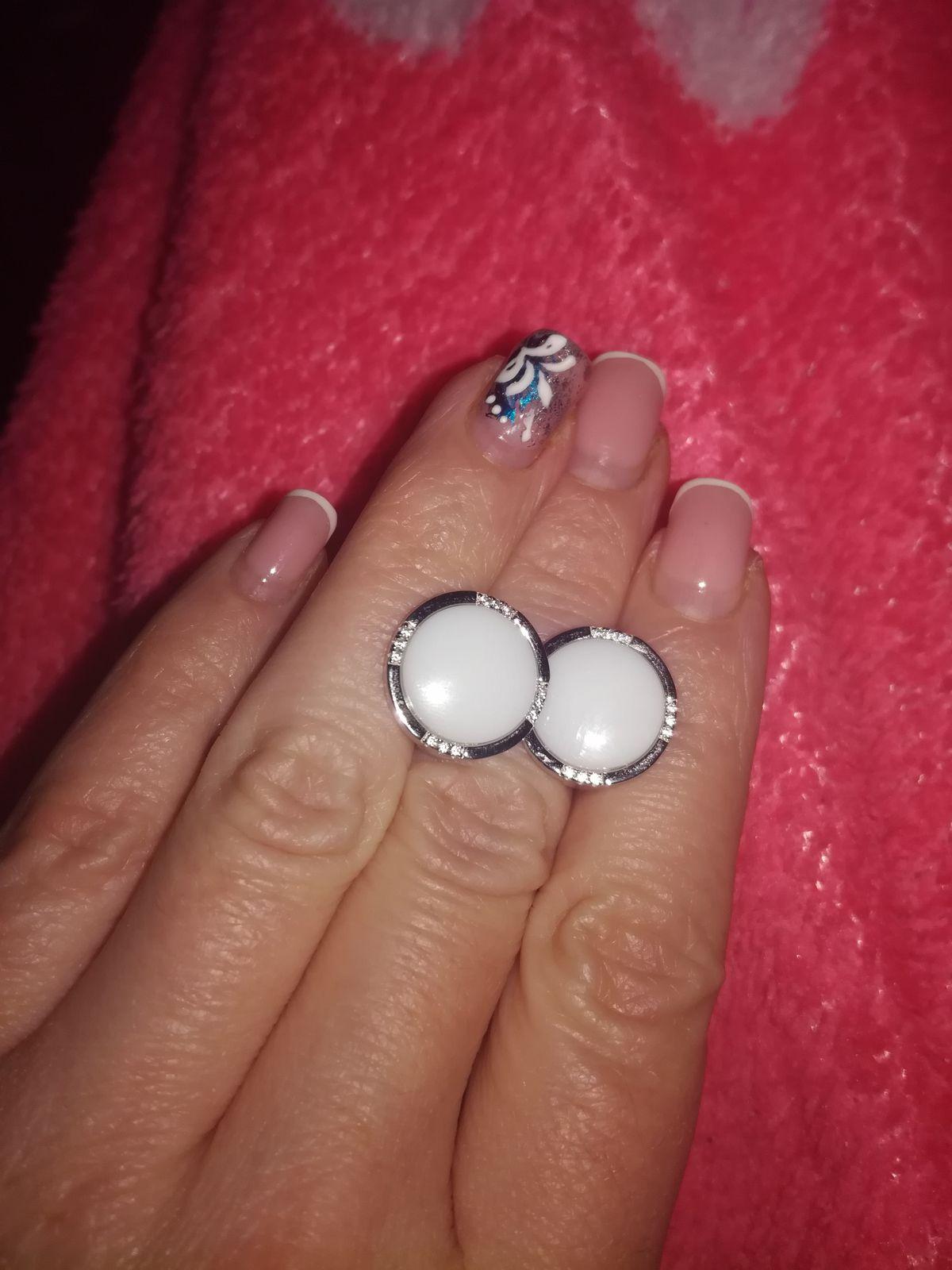Красивые беленькие прелести!