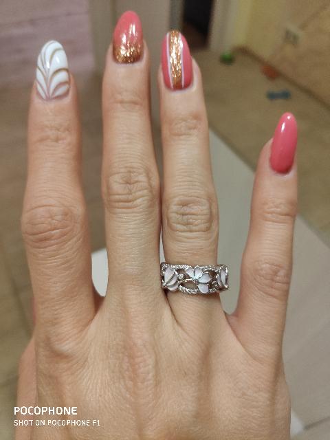 Серебряное кольцо с фанатами и эмалью