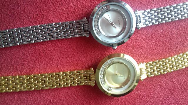 Замечательные часы