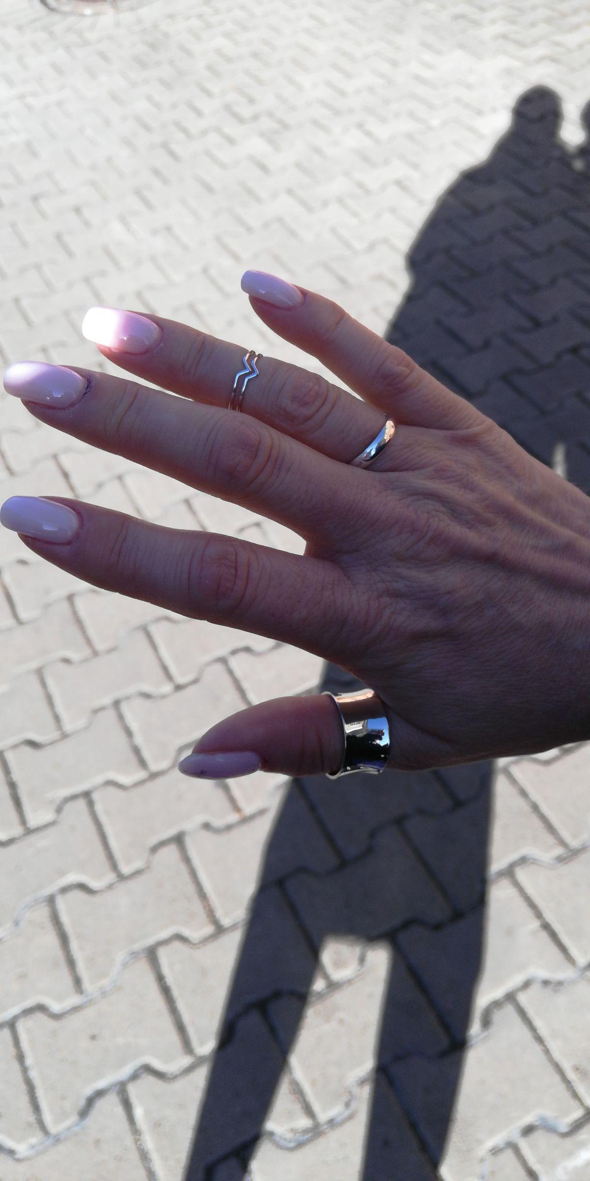Широкое кольцо с надписью love