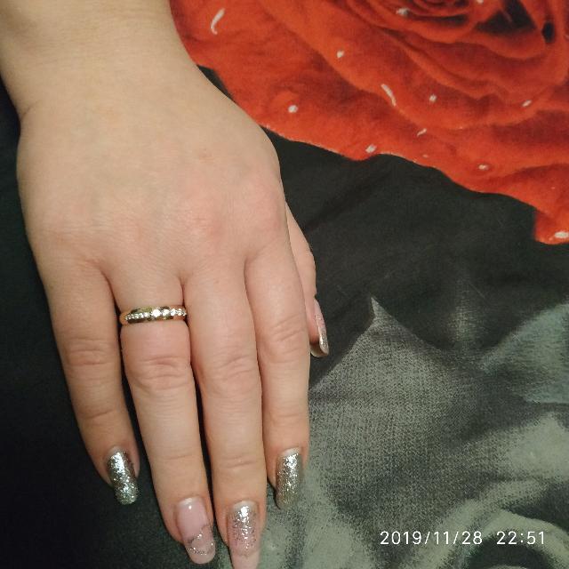 Золотое кольцо с фианитоми