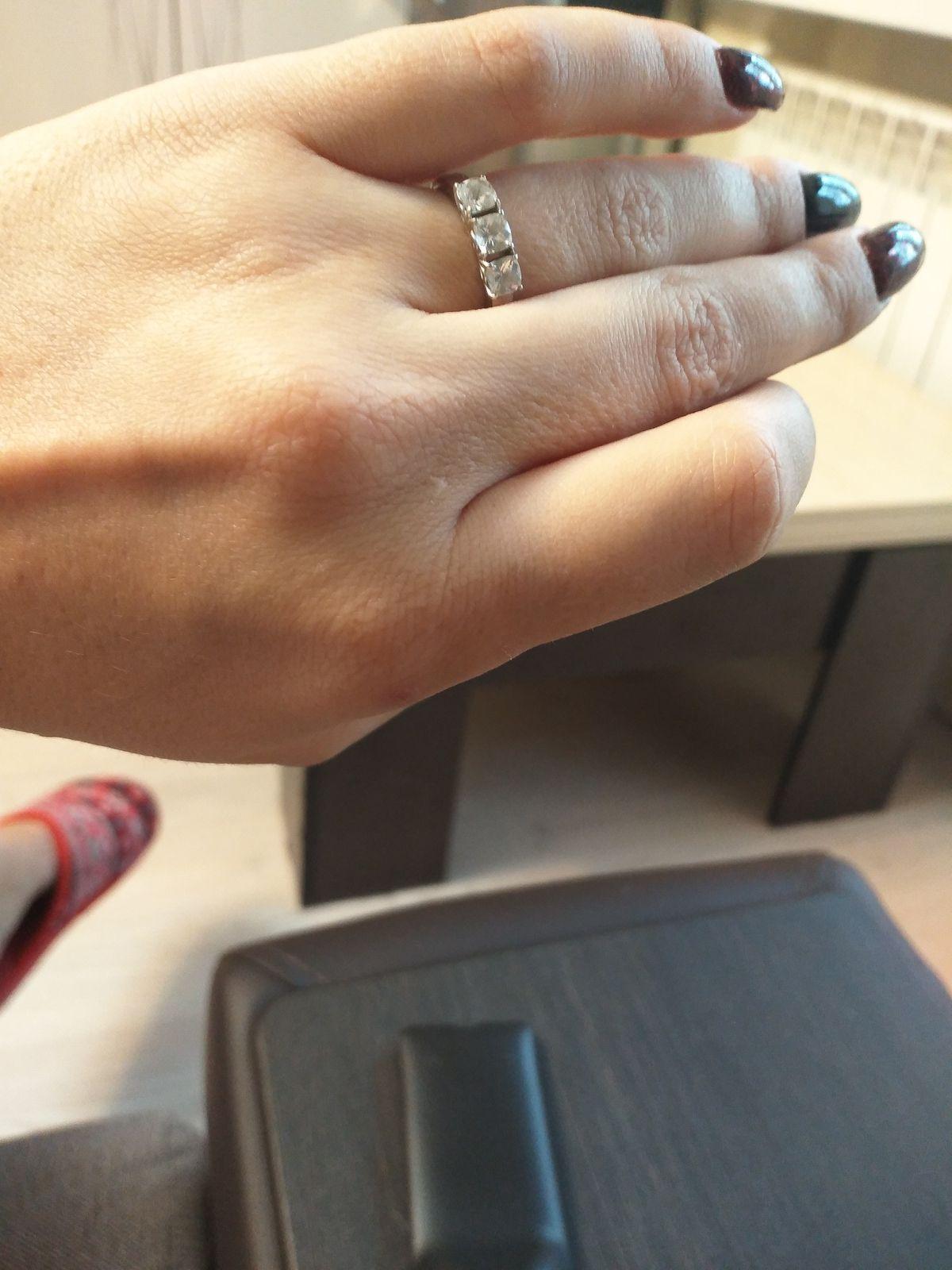 Красивое кольцо.