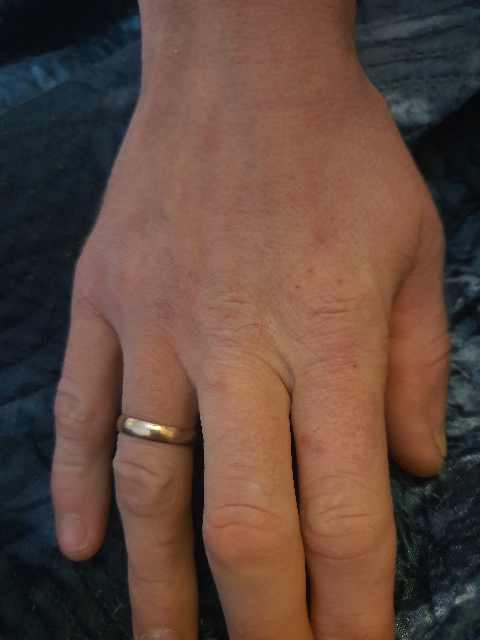 Обручальное кольцо для мужа)