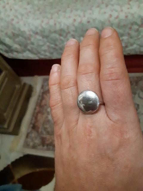 Замечательное удобное и яркое кольцо