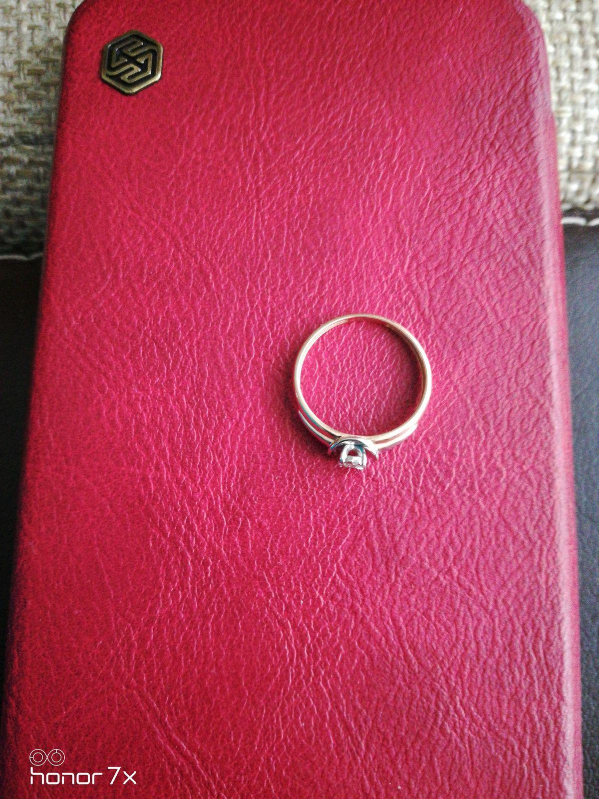 Прекрасный подарок для женщины любого возраста и социального статуса.