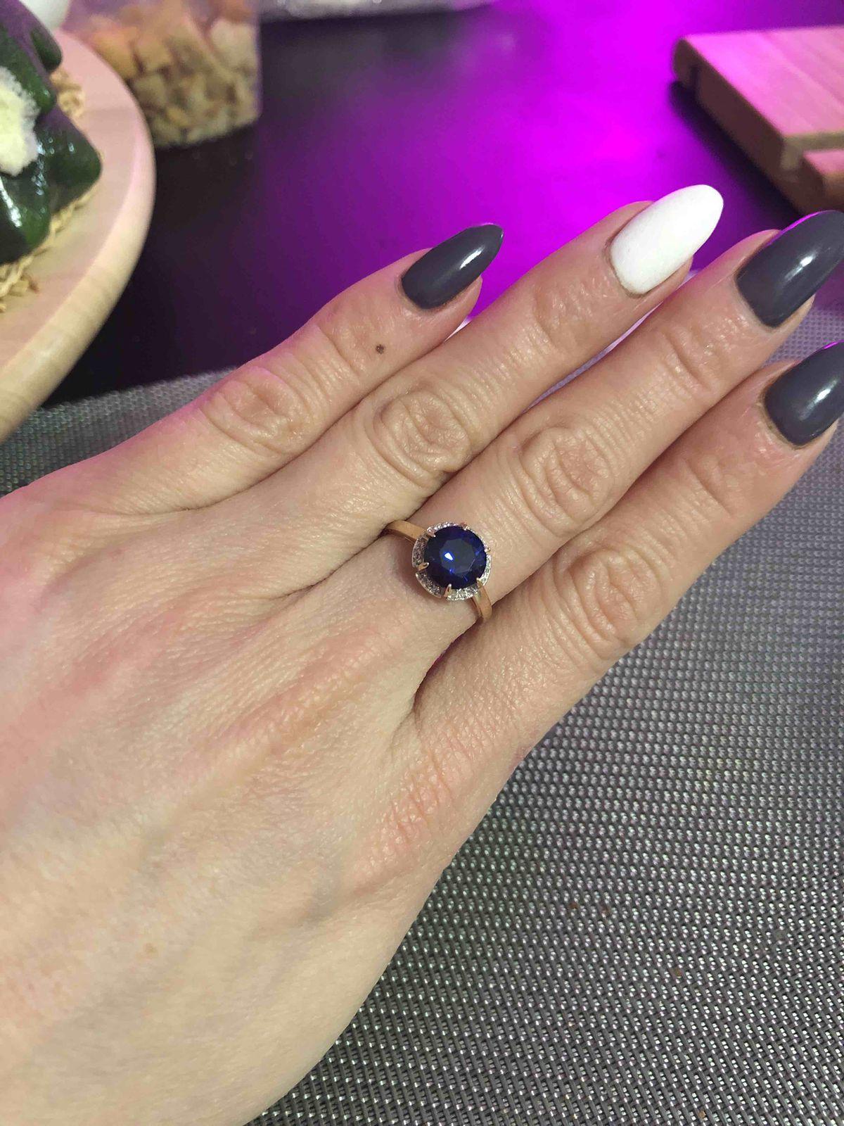 Кольцо с брильянтом