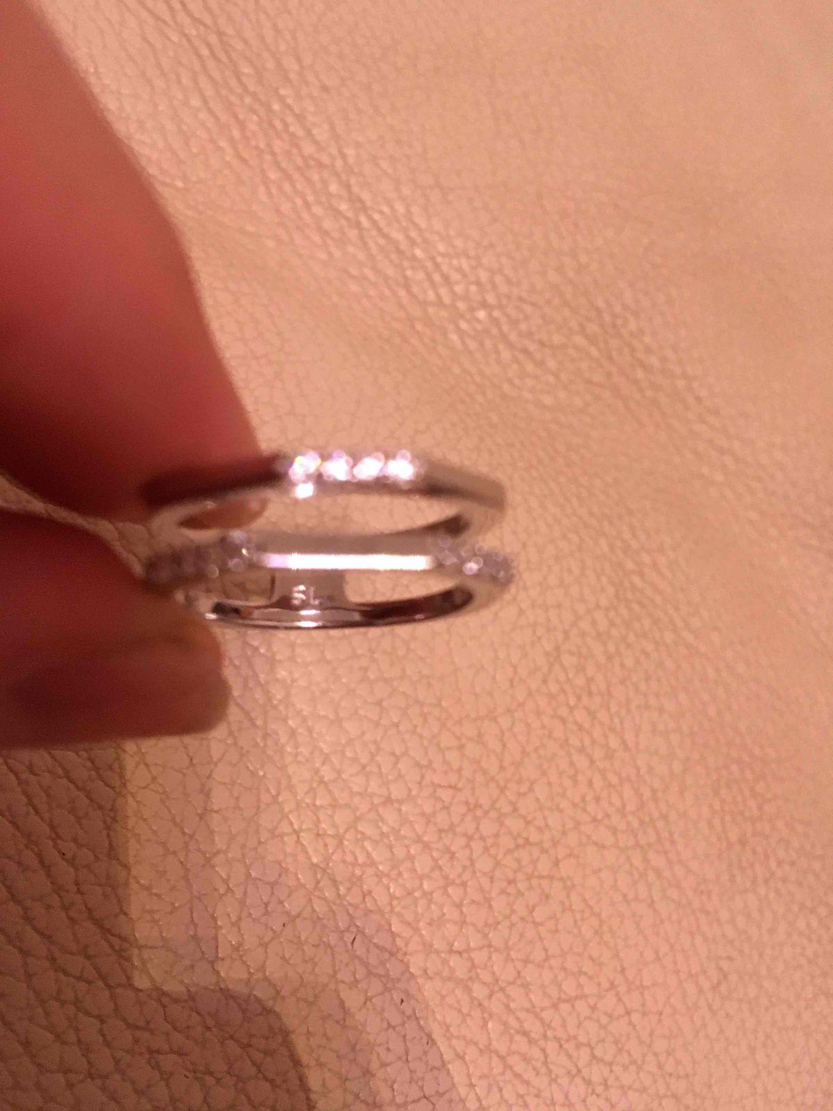 Великолепное кольцо с феогитами