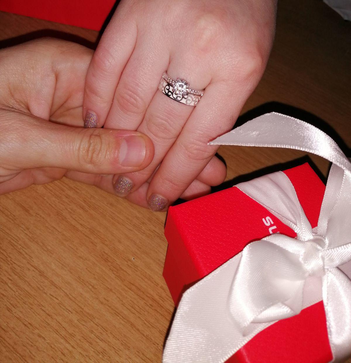 Купул кольцо жене
