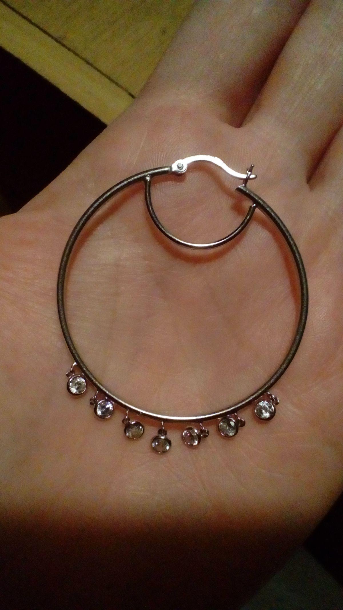 Серьги- кольца с изюминкой