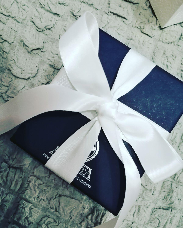 Покупала в подарок)