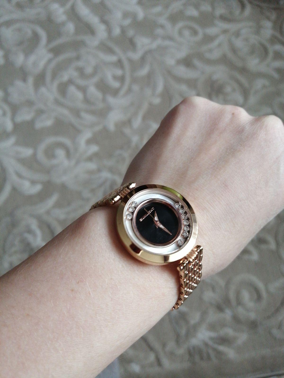 Часы отличный подарок!