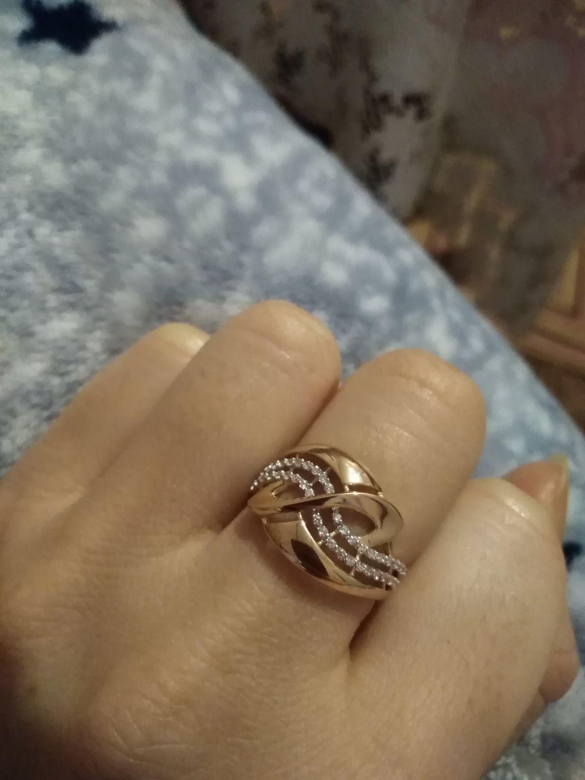Красивое, весеннее кольцо