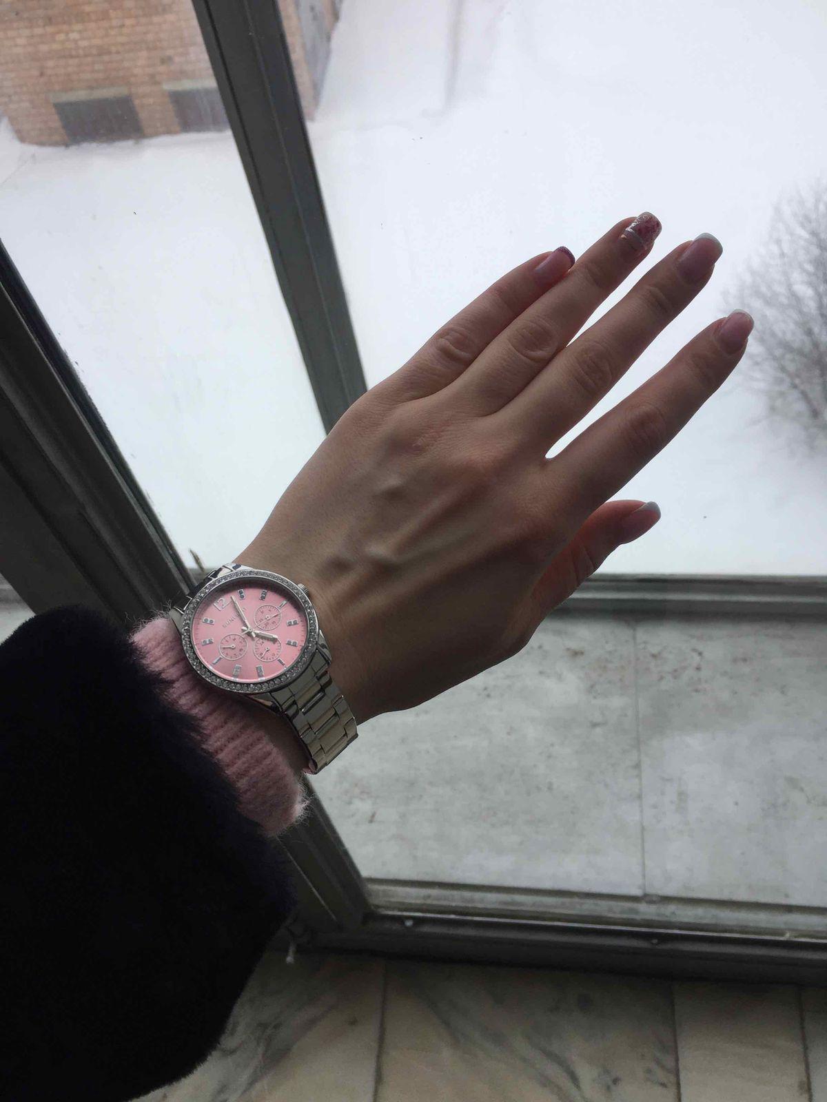 Часы достойные