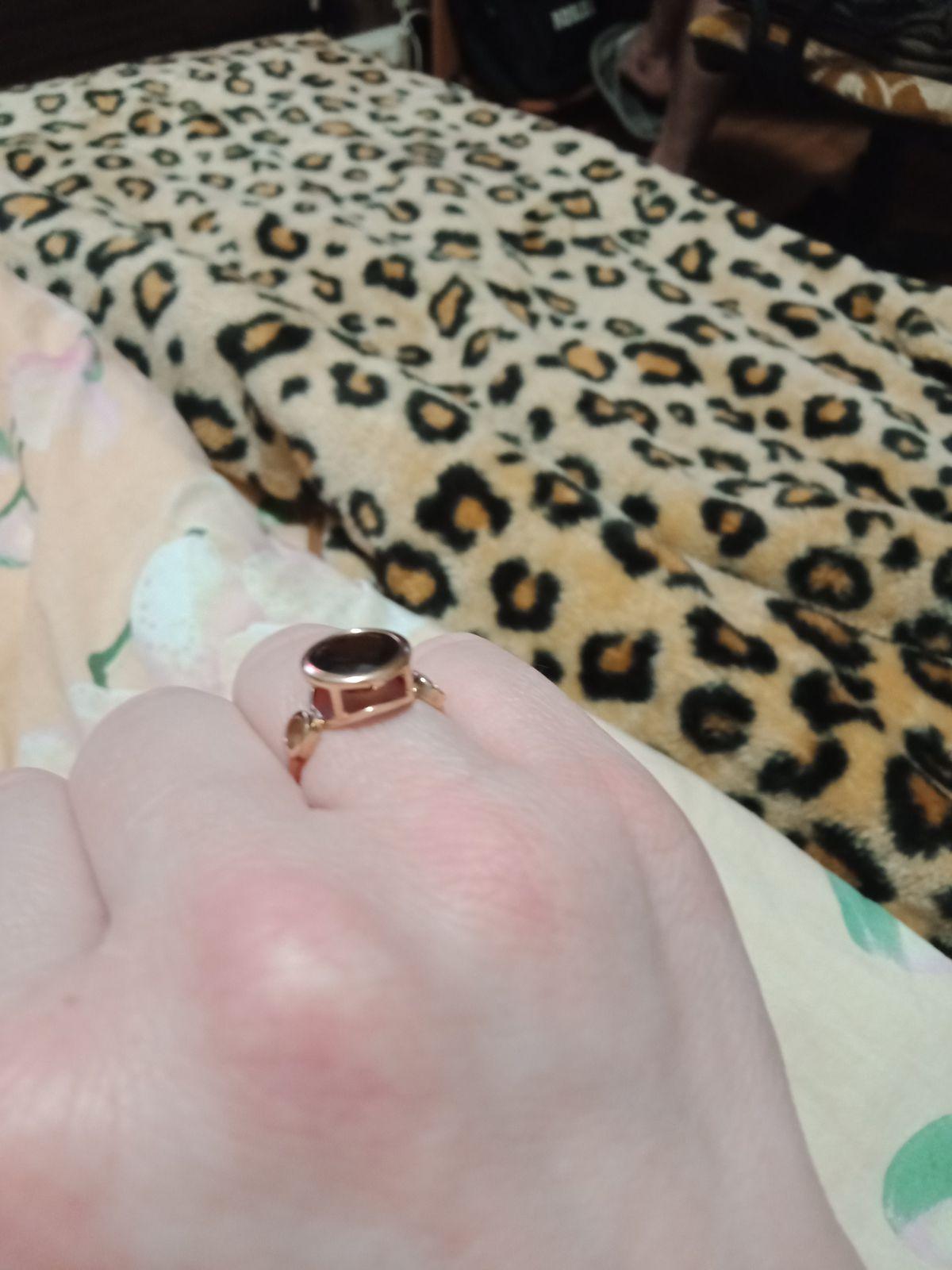 Кольцо классное.похоже на перстень