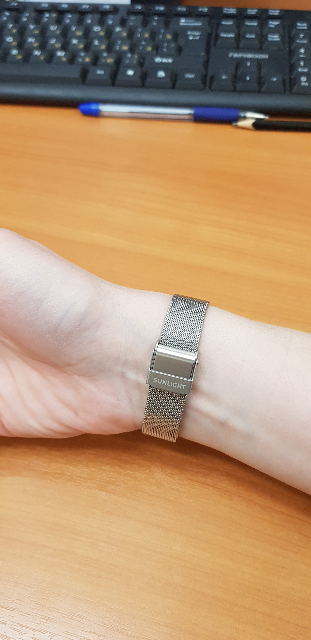 Часы на удобном браслете
