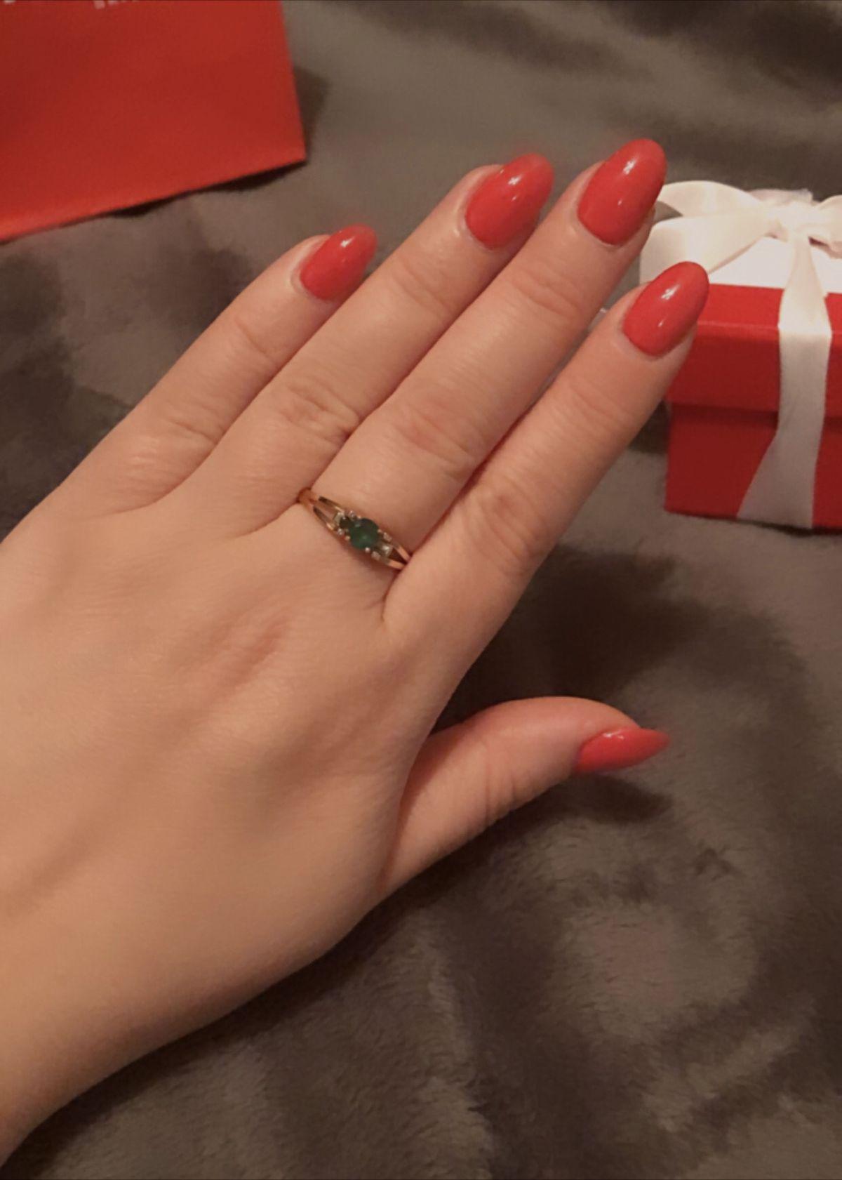 Кольцо с изумрудом моя мечта!