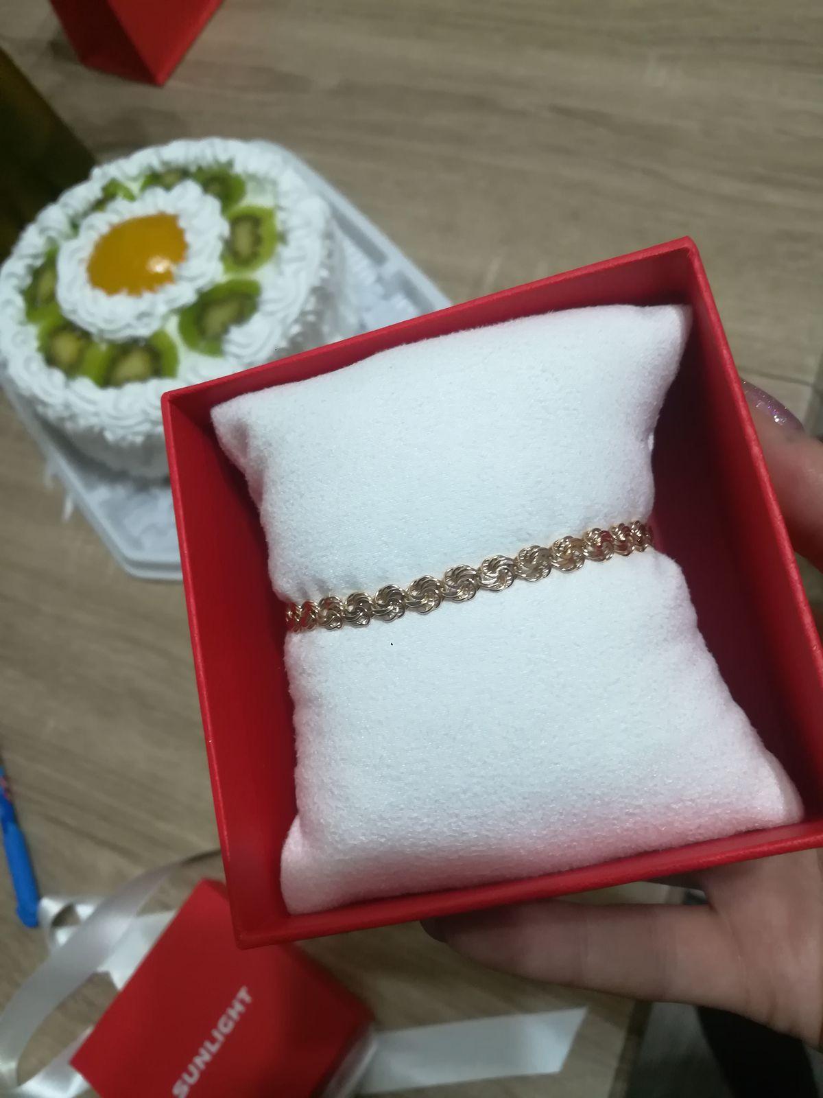 Крутой браслет с плетением розочки!