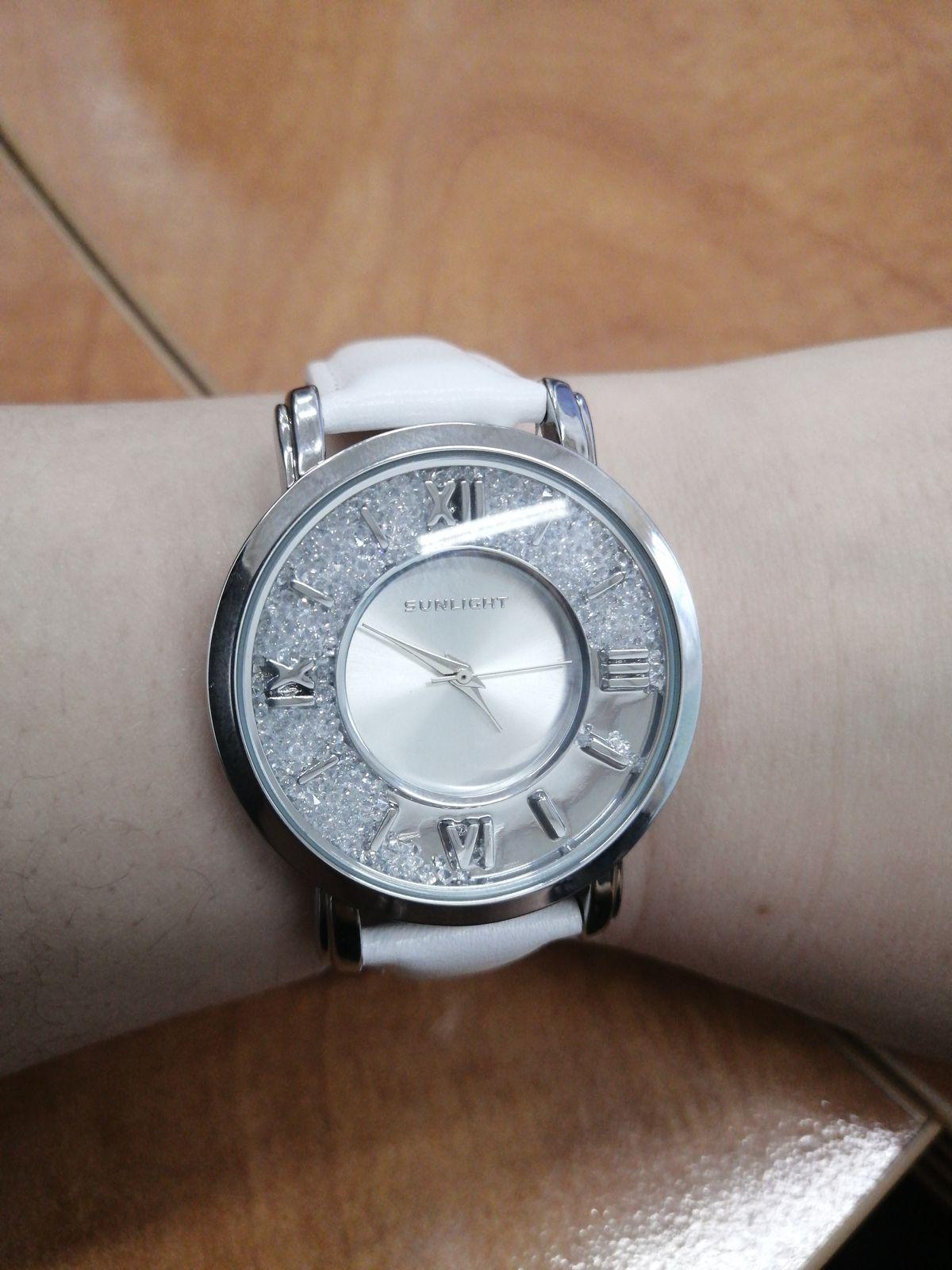 Часы наручные женские кварц