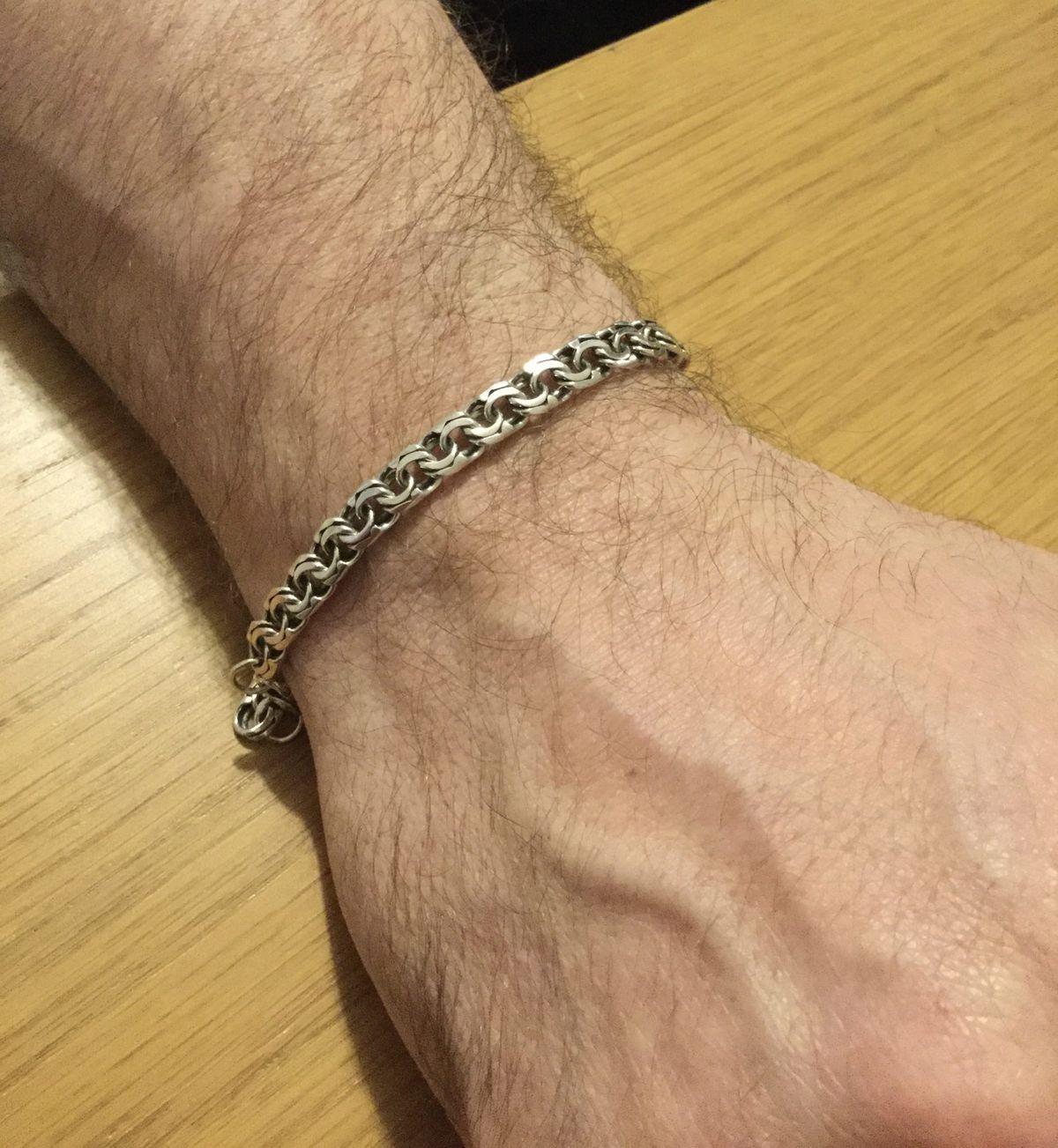 Отличный мужской браслет