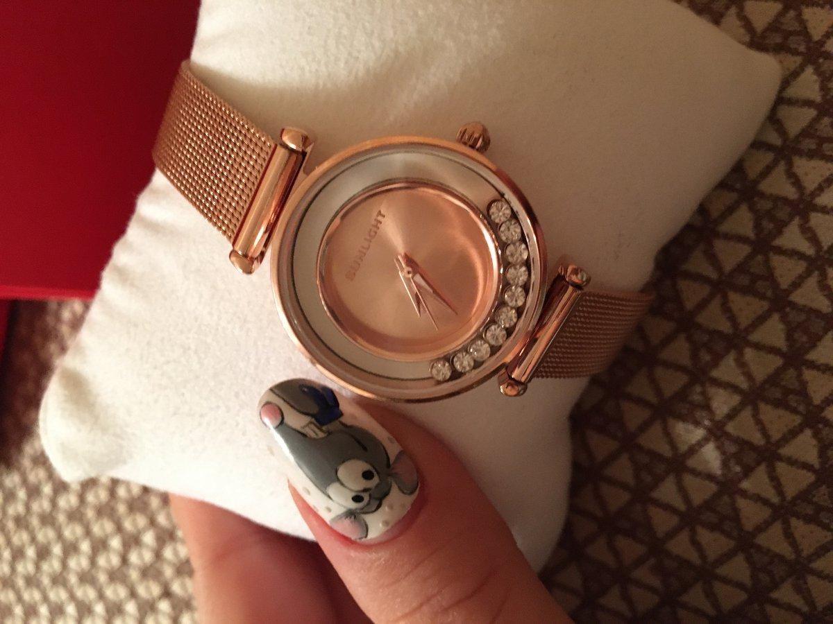 Часы женские дарила сестре на день рождения