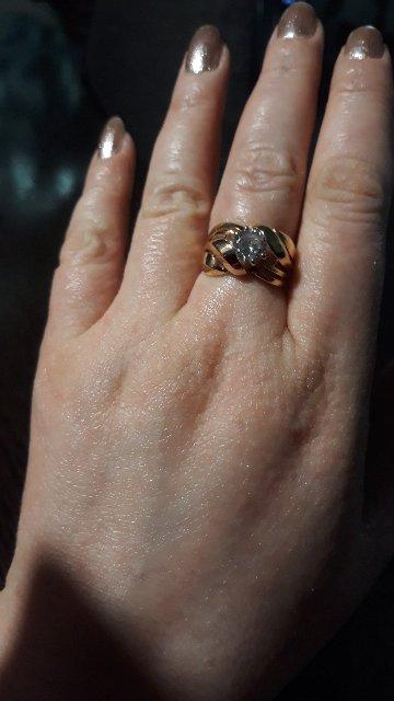 Красивое, массивное кольцо