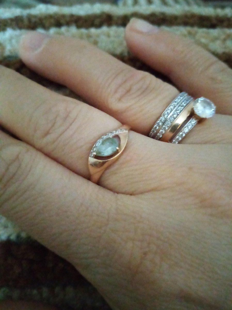 Серьги и кольцо в подарок на день рождения!