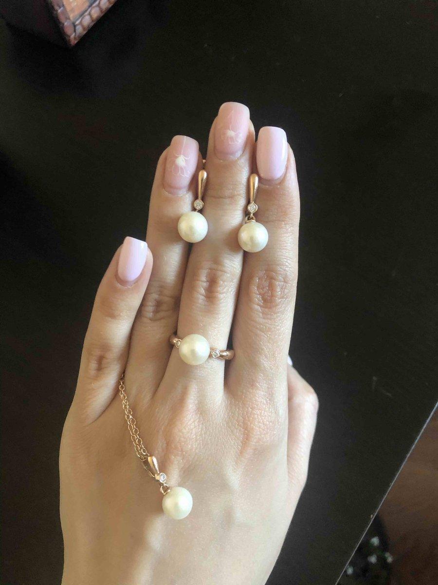 Серьги с жемчугом и бриллиантом