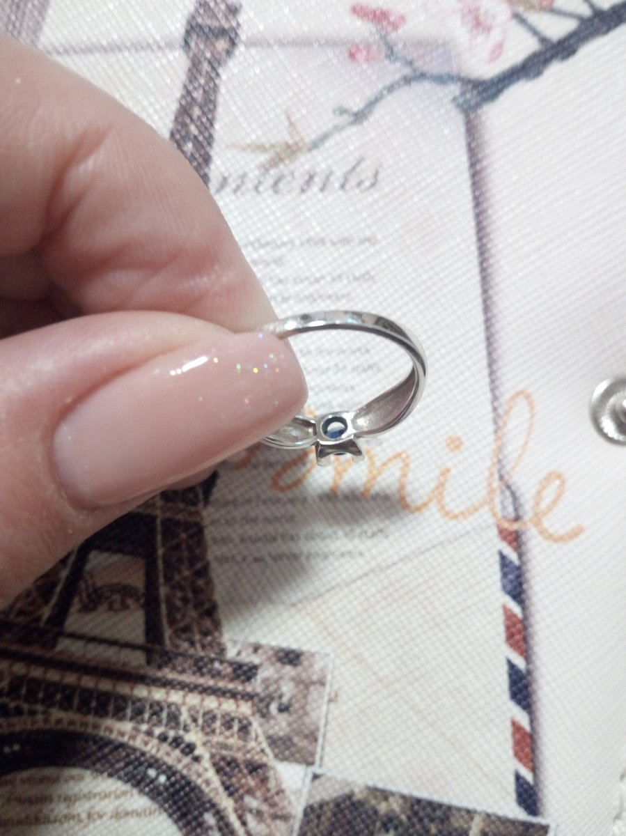 И снова кольцо в белом золоте.