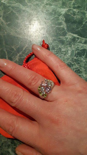 Стильное весеннее кольцо