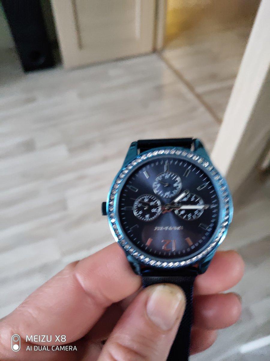 Купив впервые часы этой фирмы, я была удивлена доставкой ,еще  оформлением