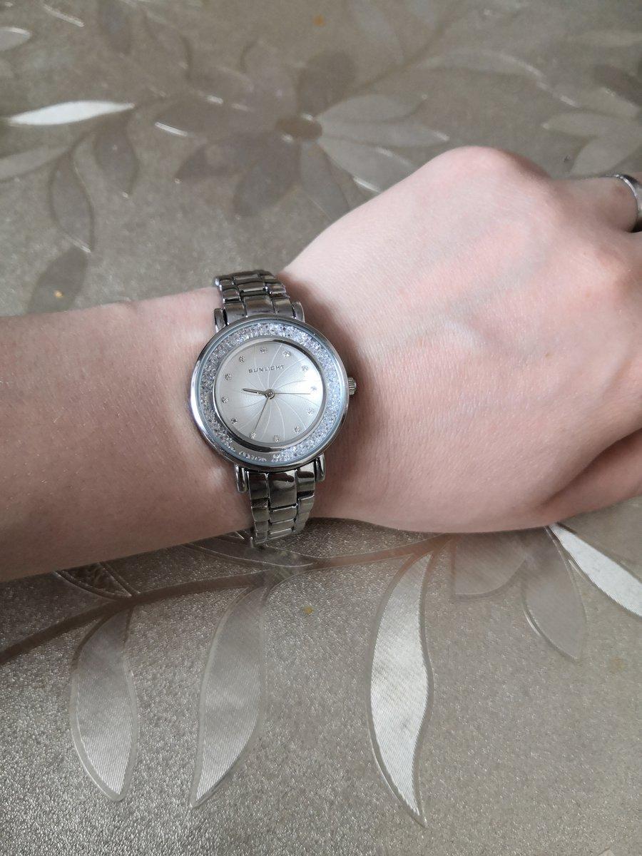 Часы с отличным механизмом! 🔥