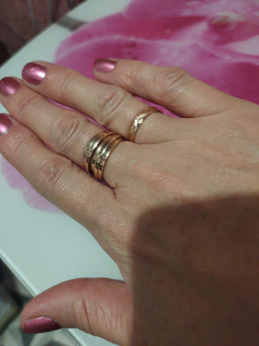 Золотое кольцо подарок на пять лет совместной , счастливой жизни !!!