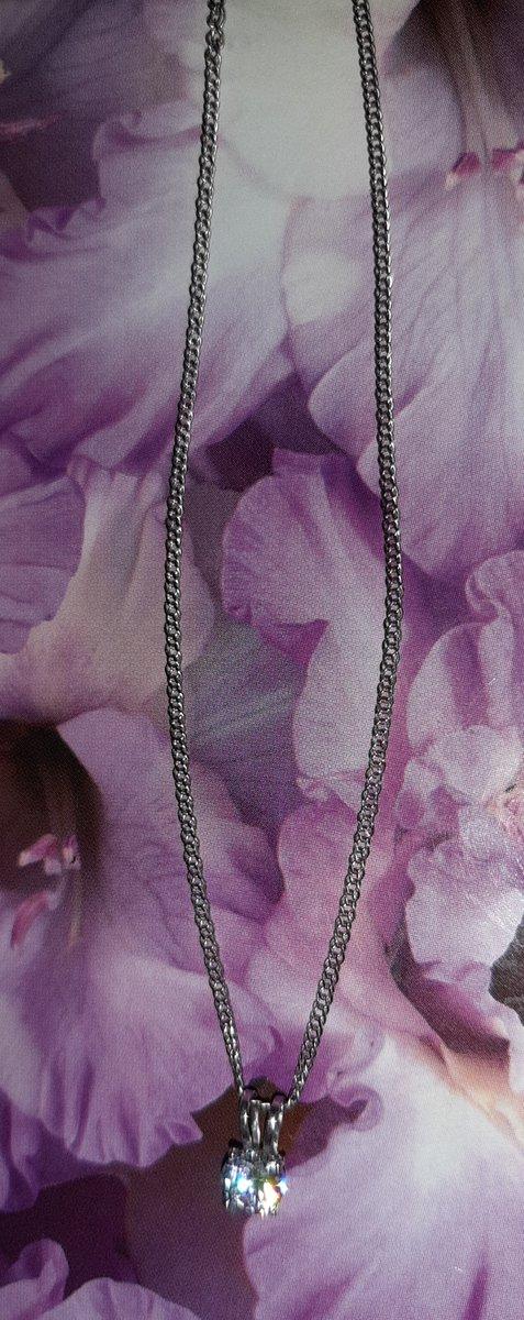 Красивая, нежная и стильная полновесная цепь для изящной шеи