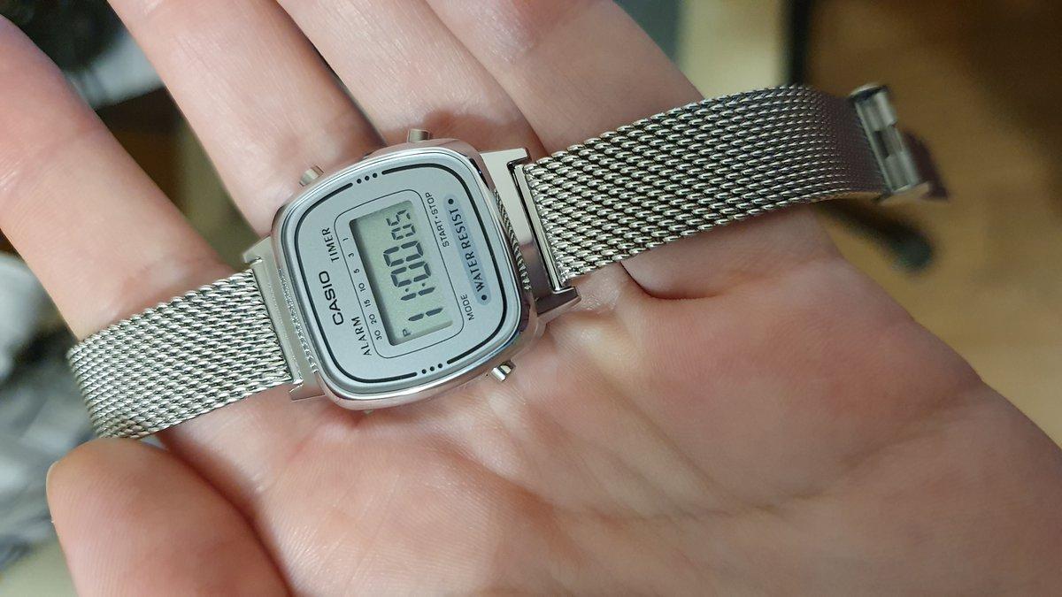 Симпатичные часы!