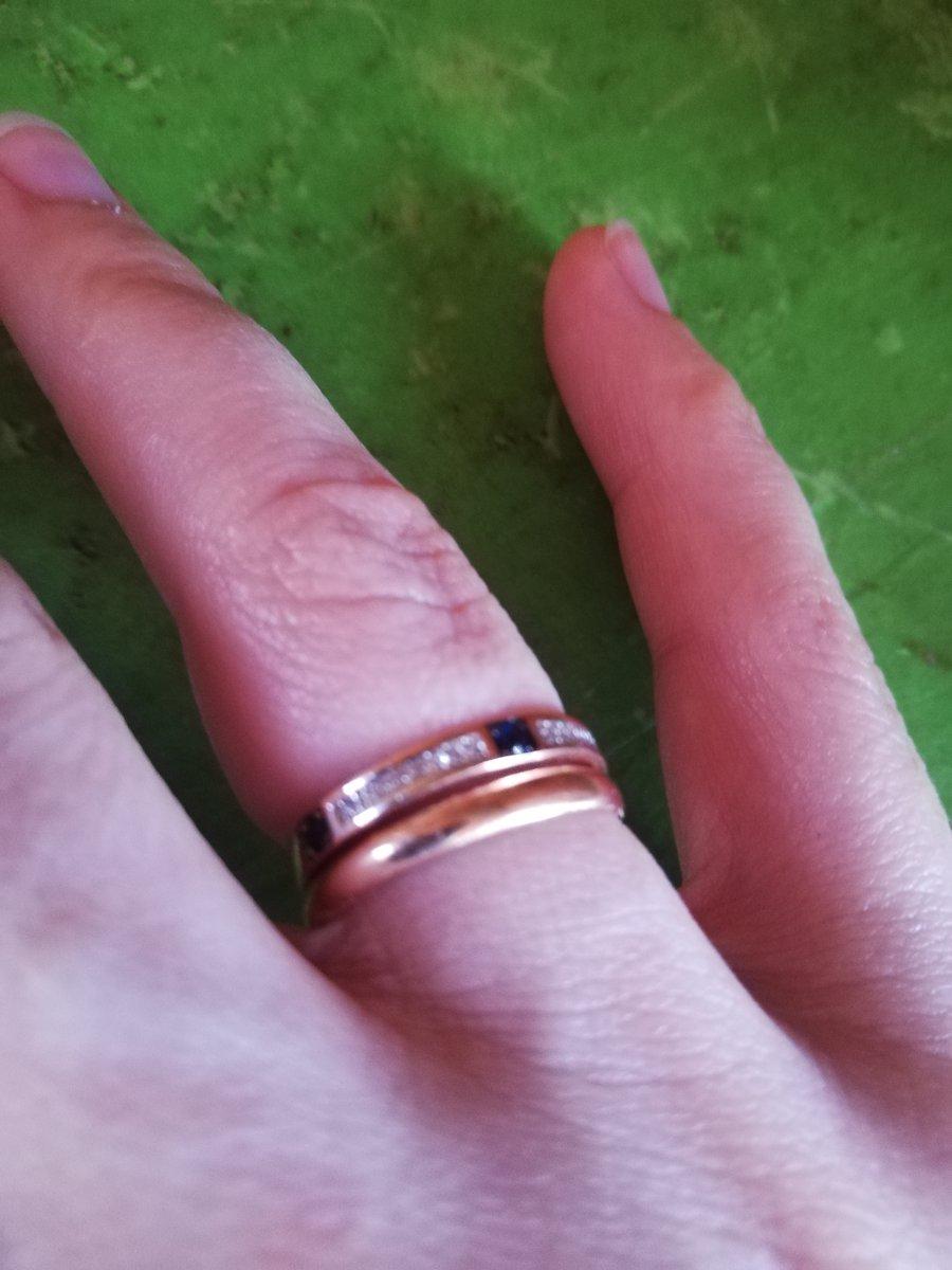 Кольцо с сапфиром и бр.