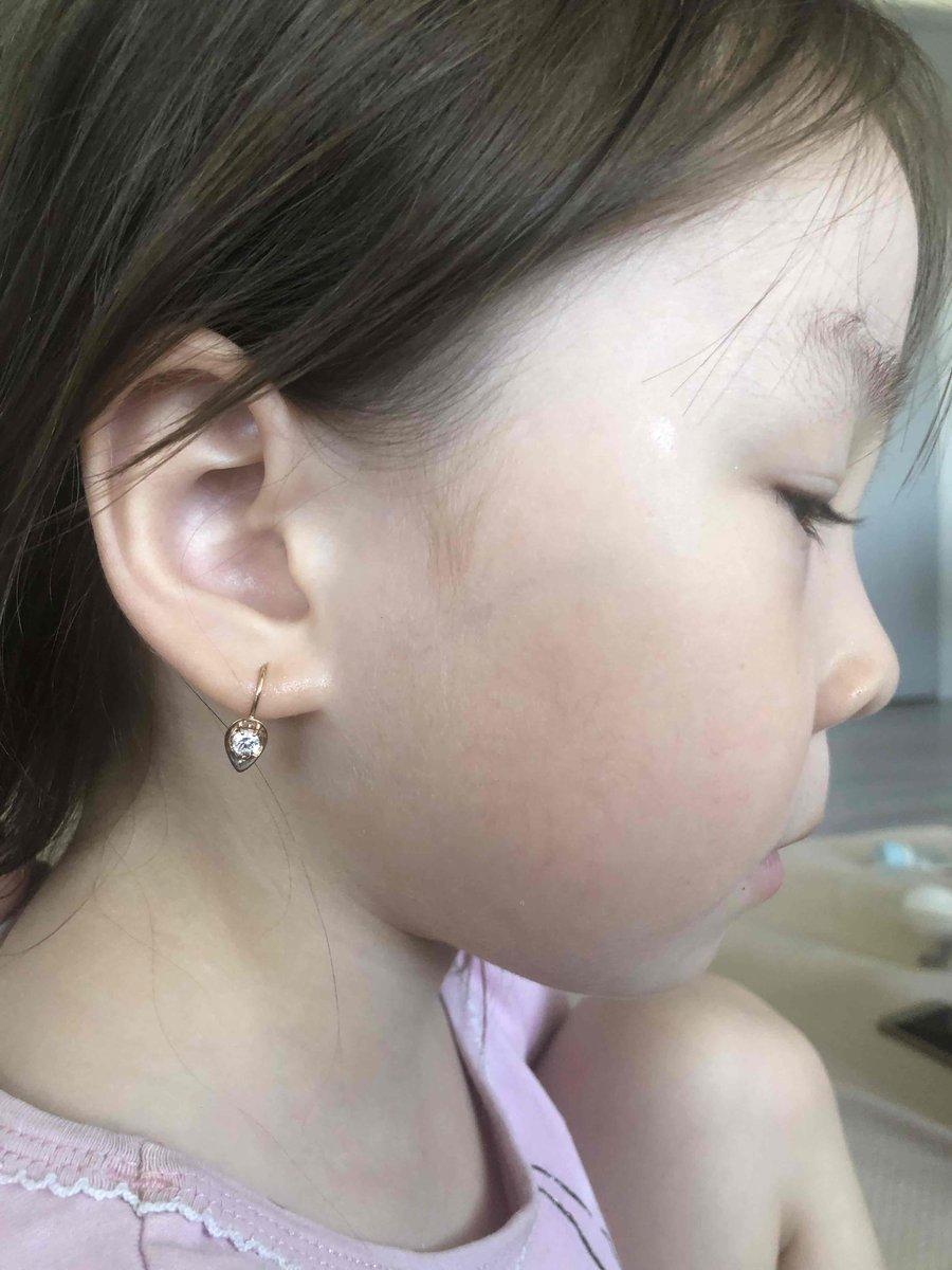Золотые сережки для дочки