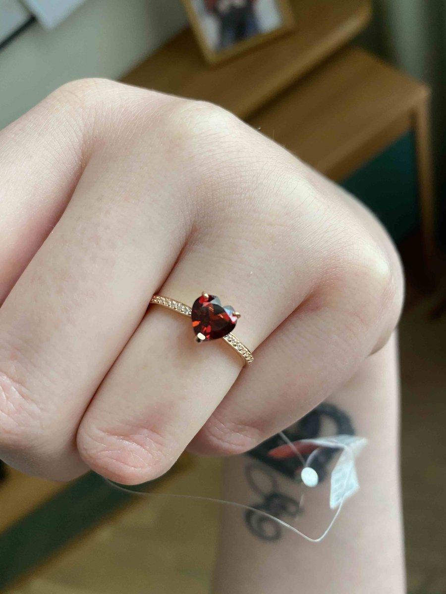Кольцо очень красивое и милое!