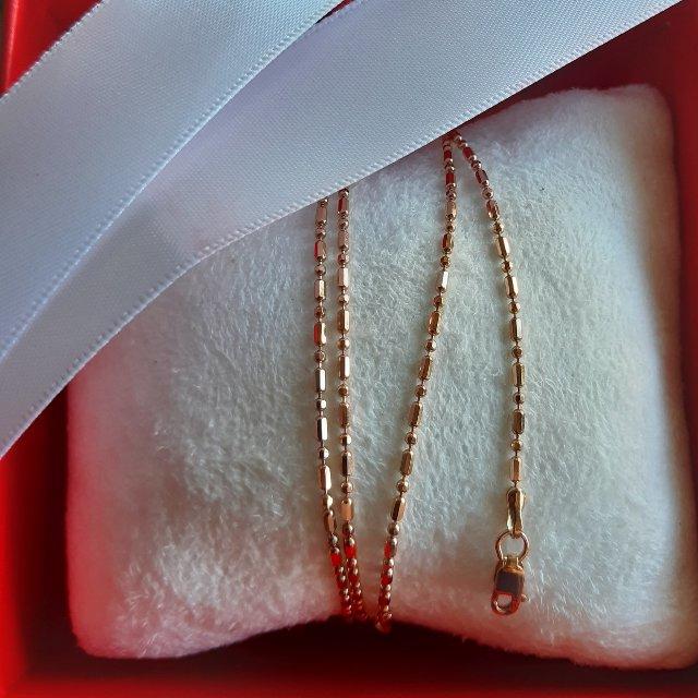 Золотая цепь с алмазной гранью