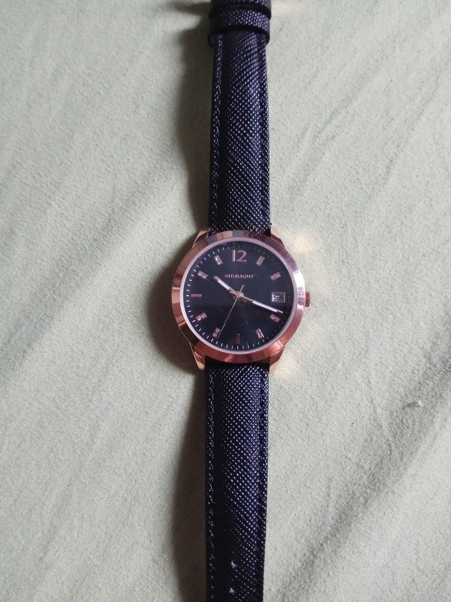 Часы отличные,рекомендую.