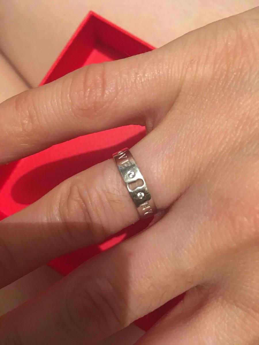 Отличное кольцо, шикарно смотрится