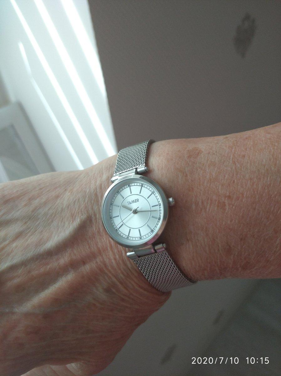 Серебряные часы. Классика. Удобно. Вещь нужная. Стильно.