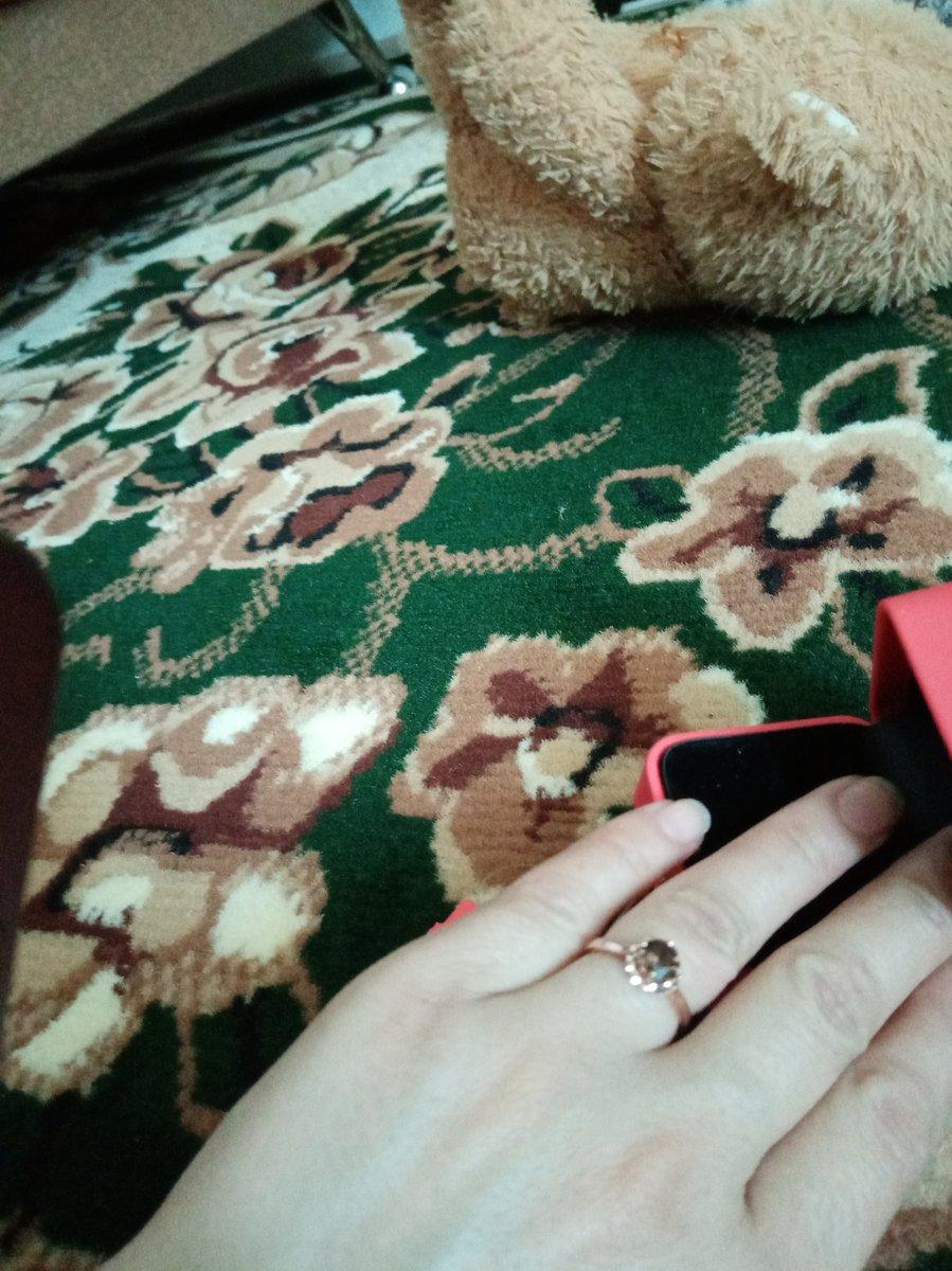 Безупречное колечко, купила в подарок сестре она довольна