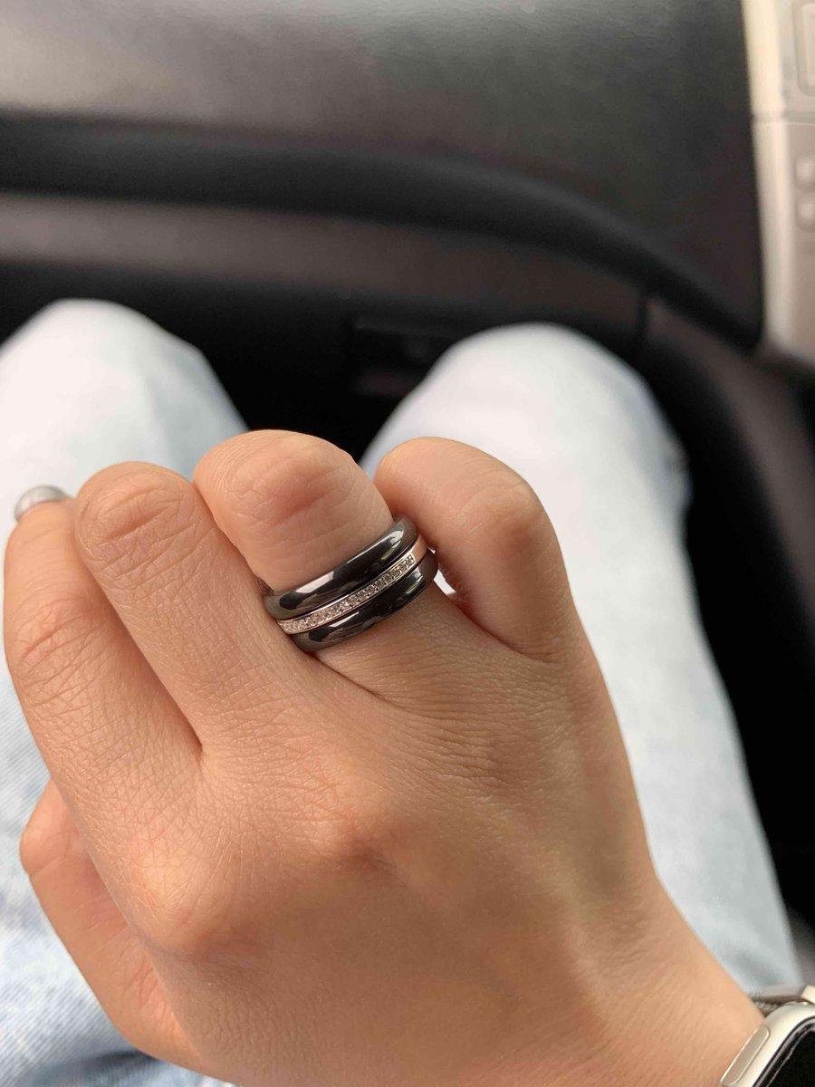 Красивое массивное кольцо