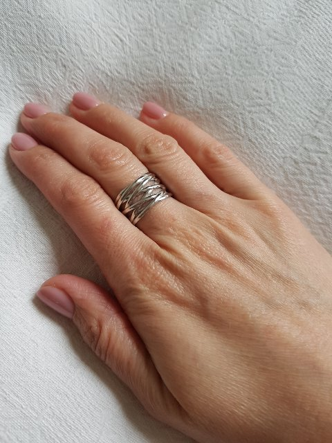 Отличное эффектное кольцо